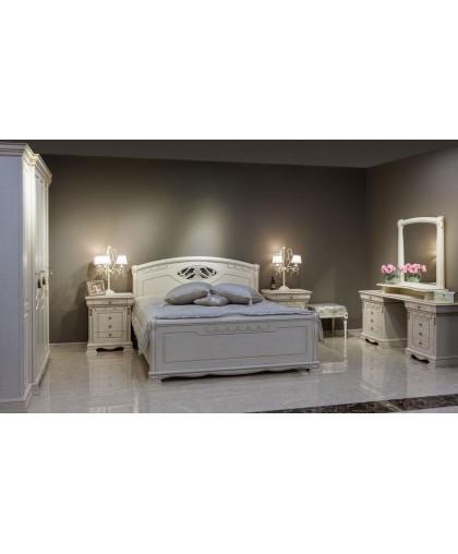 Спальня Лаура, слоновая кость с золотой патиной